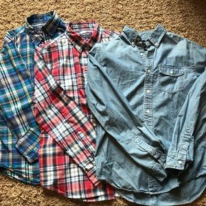Bundle of American Eagle button up shirts